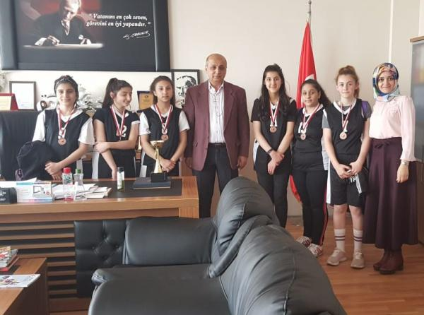 İSTANBUL / SULTANBEYLİ - Ertuğrul Gazi Ortaokulu